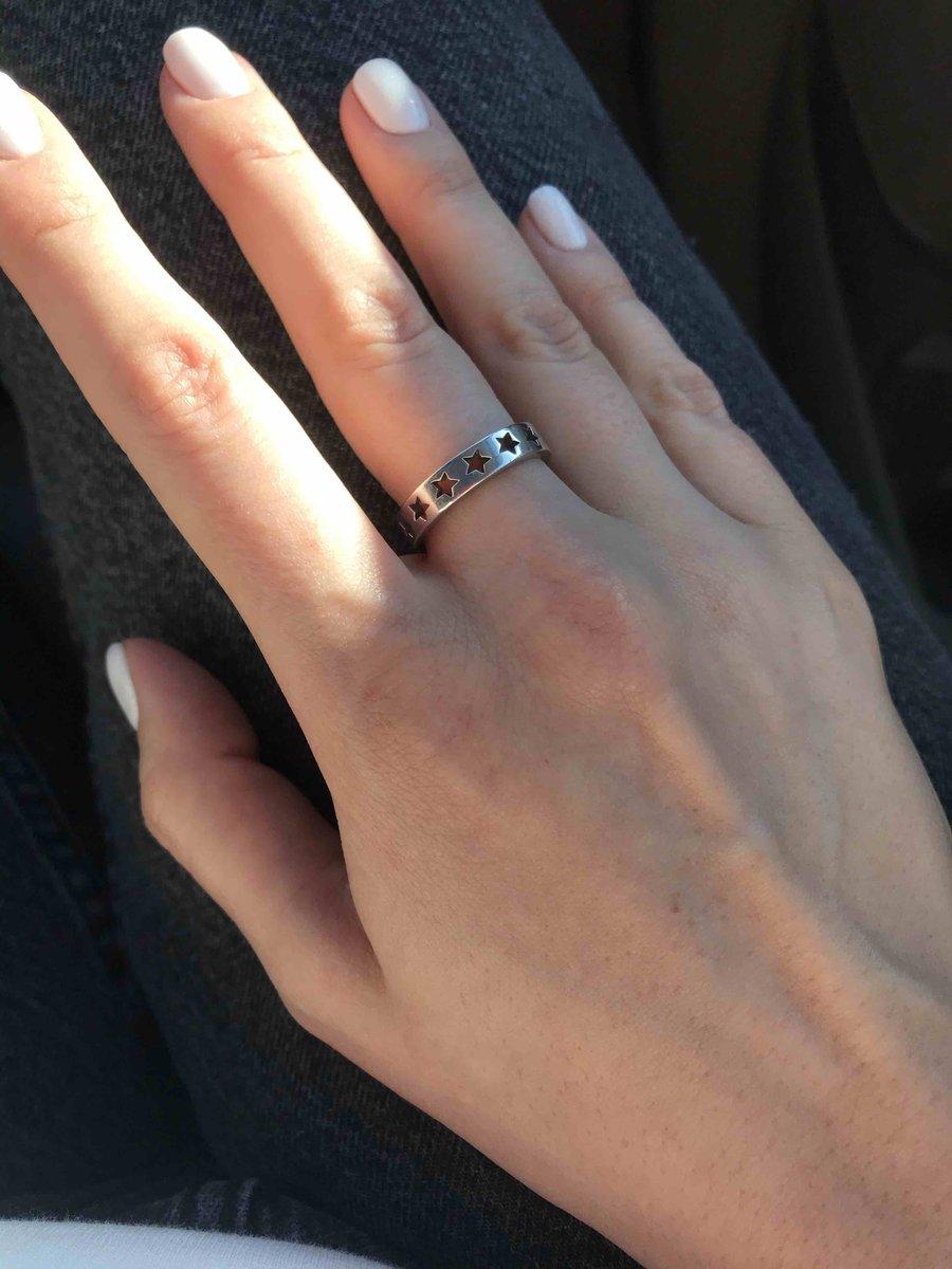 Классное кольцо с интересным дизайном