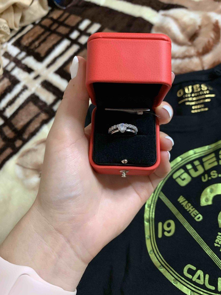 Кольцо с фианитом размер 16,5