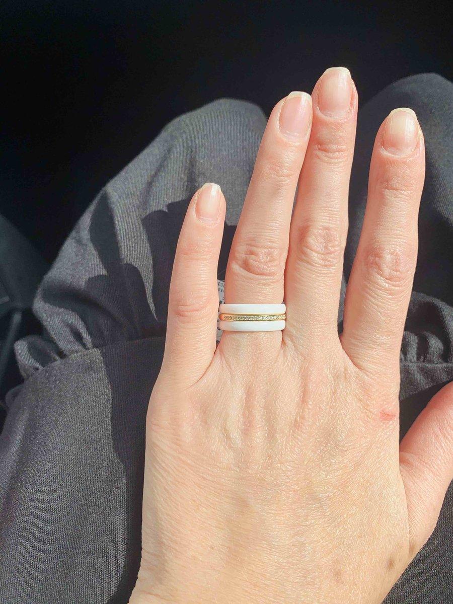 Стильное,красивое кольцо.