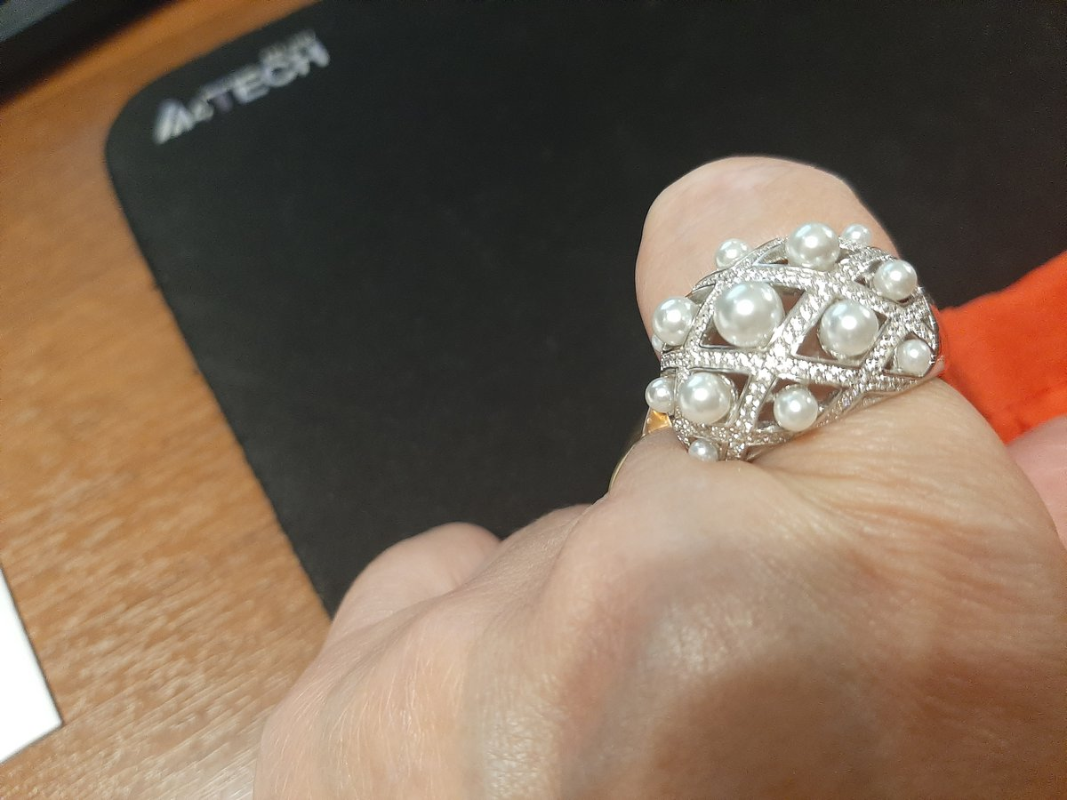 Роскошные кольцо