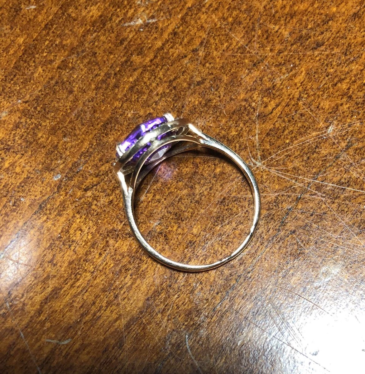 Хорошее кольцо и недорого.