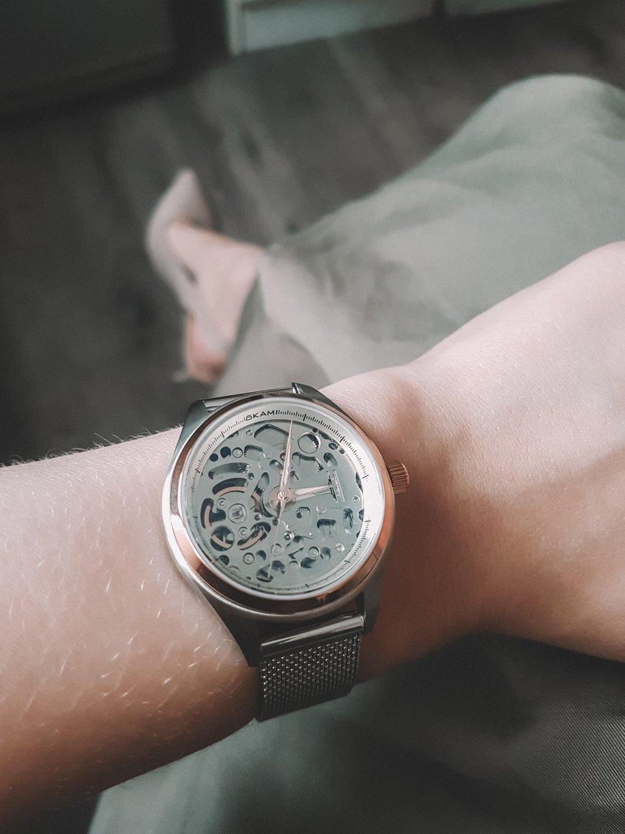Женские механические наручные часы