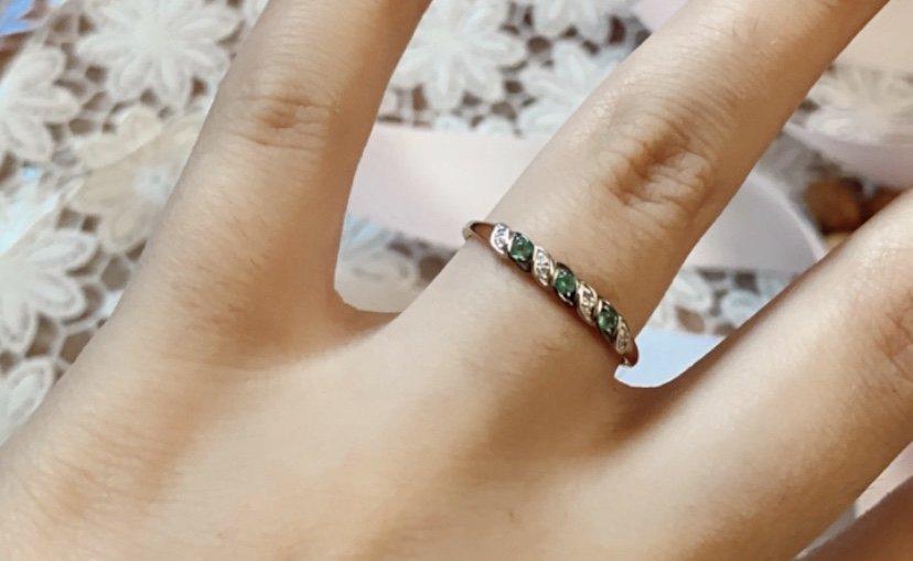 Покупала кольцо в подарок.