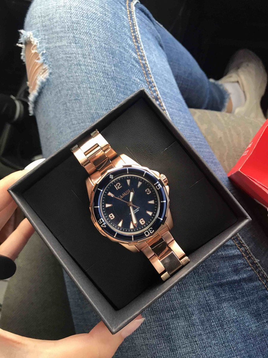 Купили часы в санлайте Планета, все супер