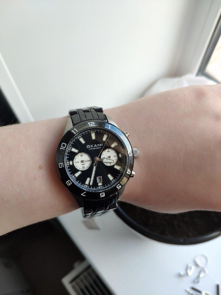Брутальные, характерные часы!