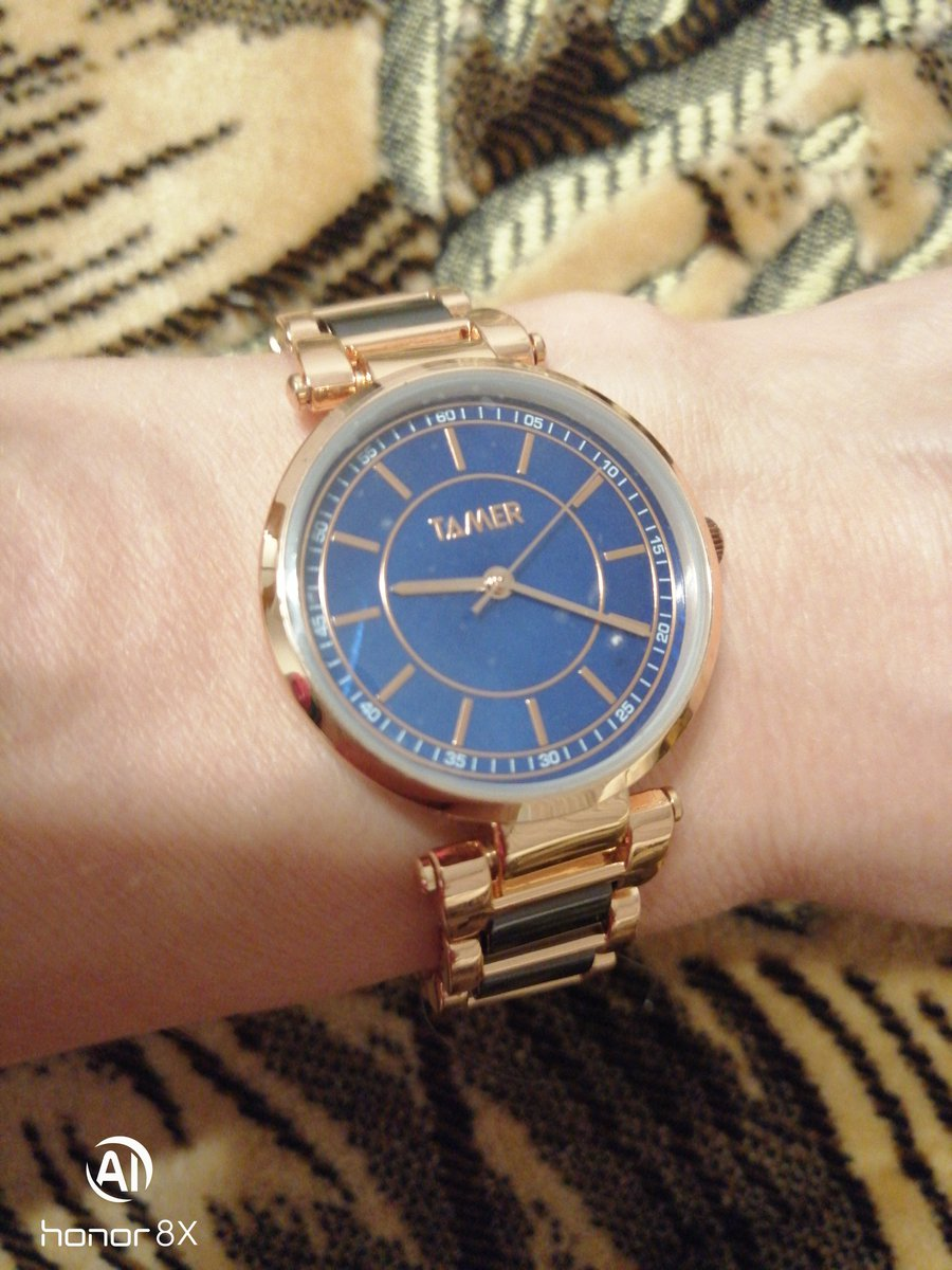 Великолепные часы! и сам процесс покупки порадовал благодаря консультанту.)