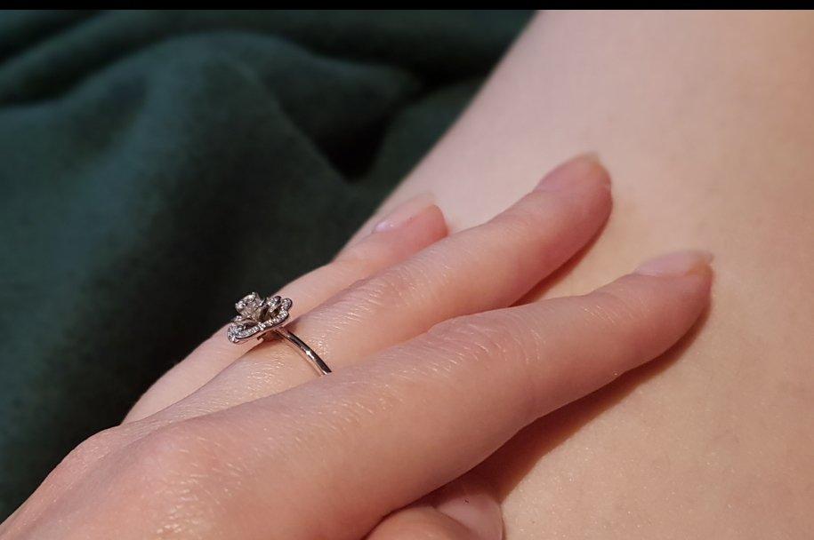 Нежное кольцо для нежной девушки