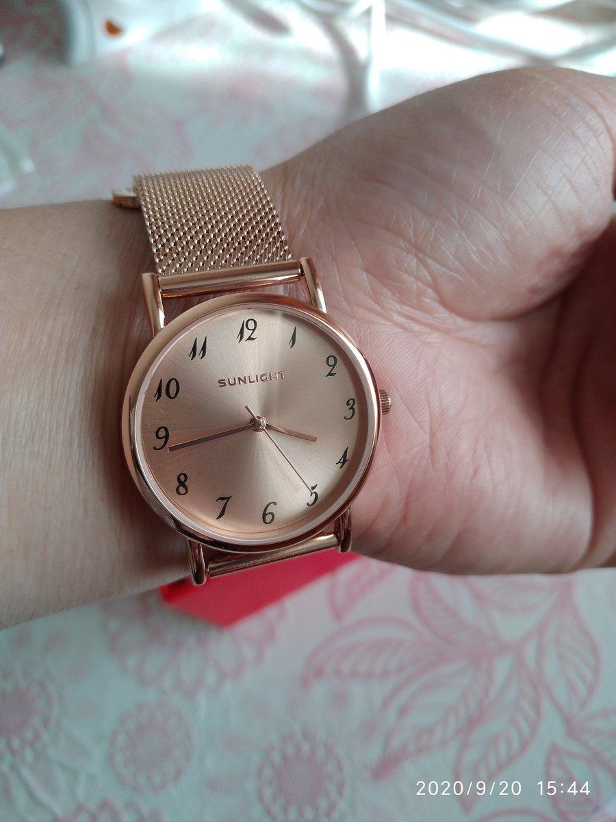 Хорошее часы ремешок качественные.