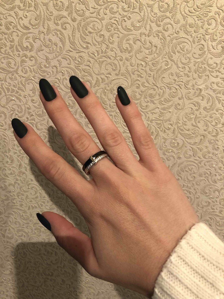 Красивое кольцо, прекрасно на каждый день)