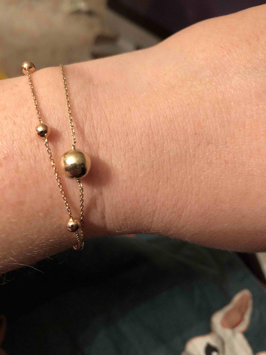 Золотой браслет с маленькими шариками
