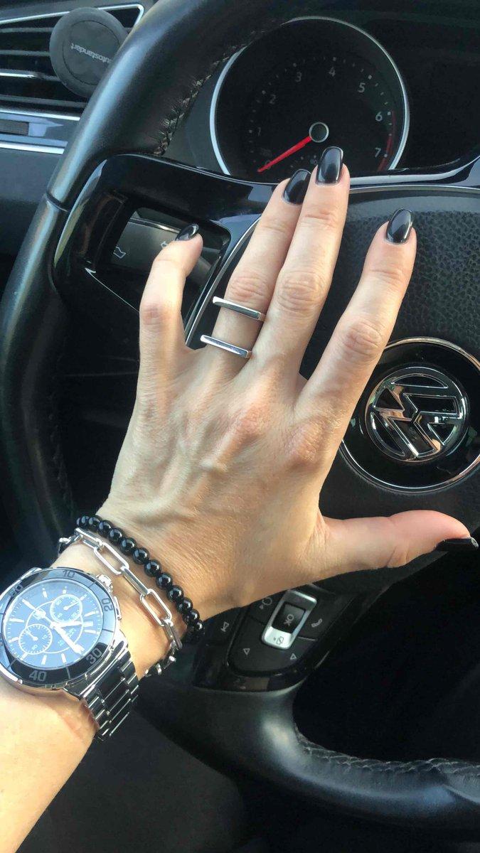 Стильное крутое кольцо.
