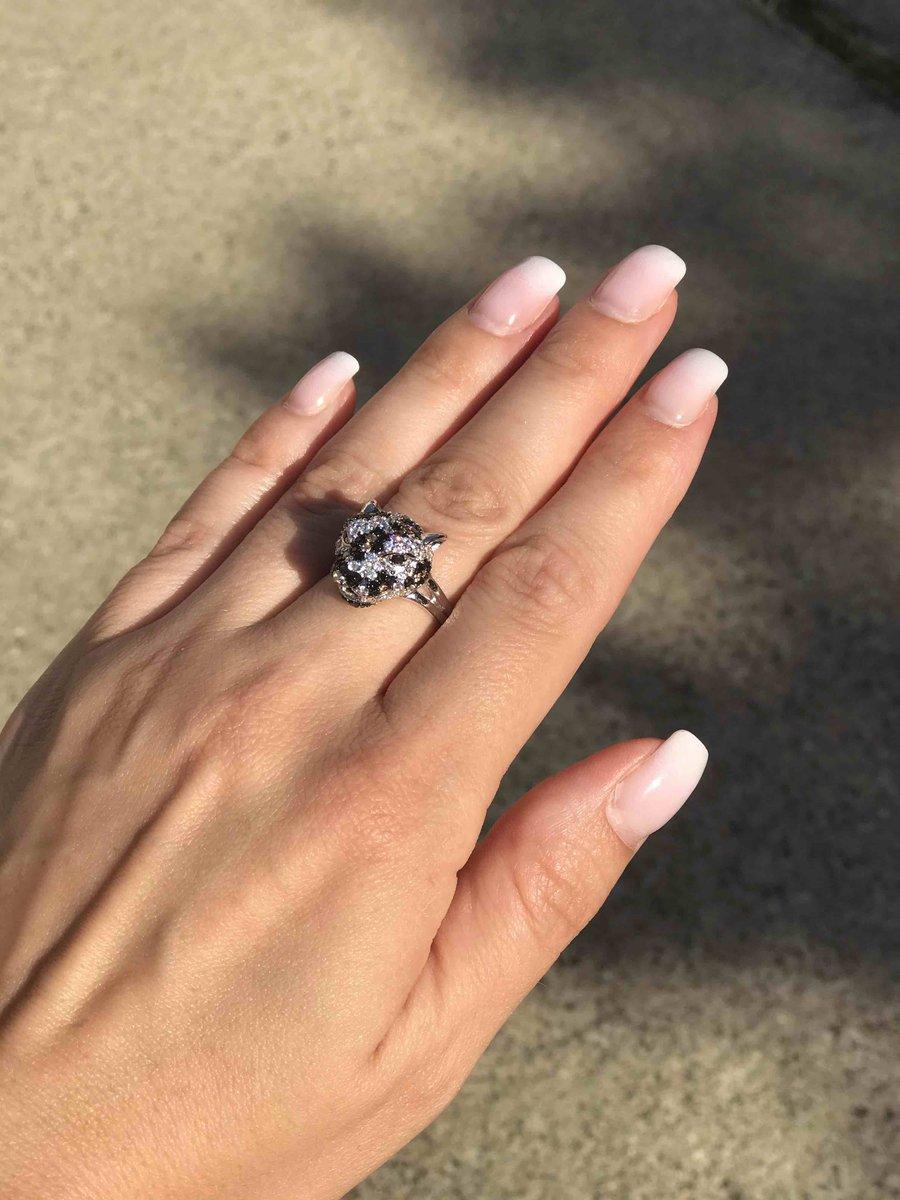 Очарователтное кольцо