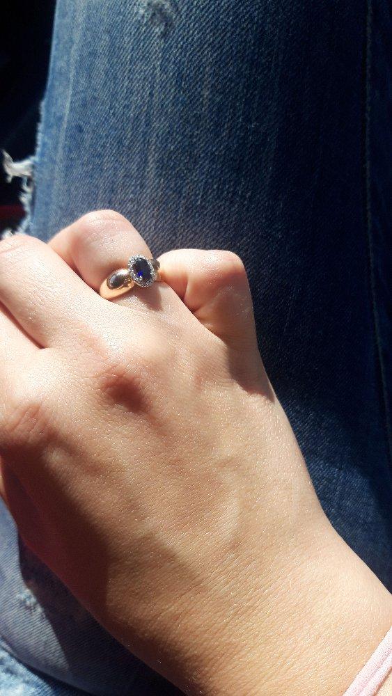 Очень красивое кольцо,выглядит не дешево
