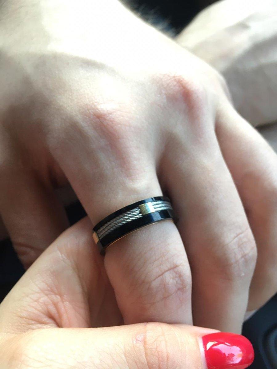 Покупала в подарок парню - кольцо произвело фурор. покупкой довольна