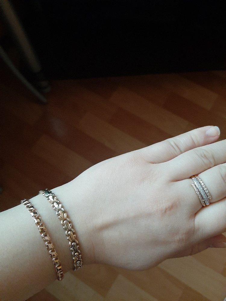 Отличный браслет , который видно