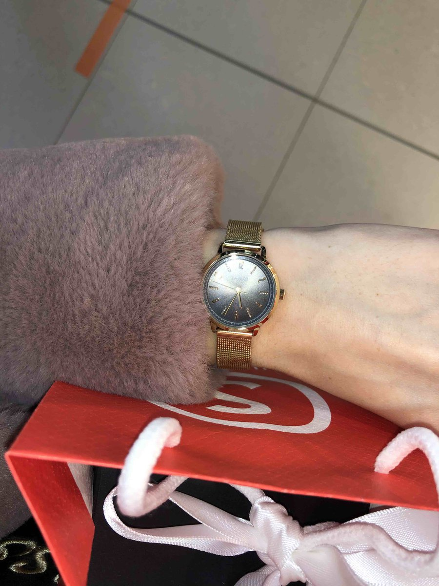 Часы золото