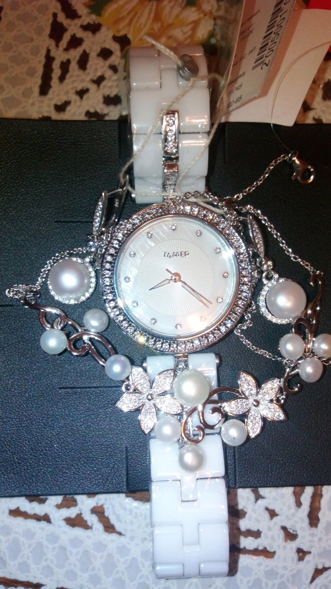Часы серебро и жемчуг