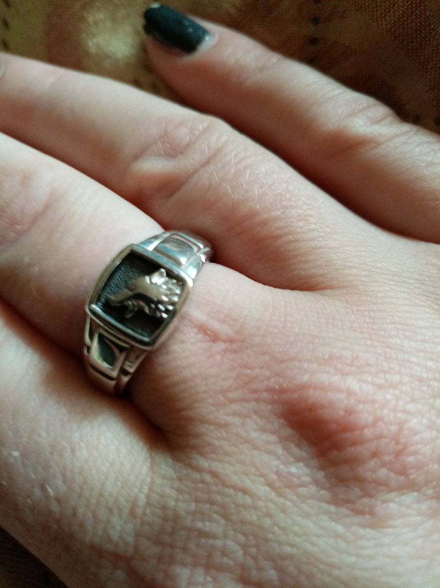 Мечта моя всегда хотела кольцо с волком нашла только у вас!