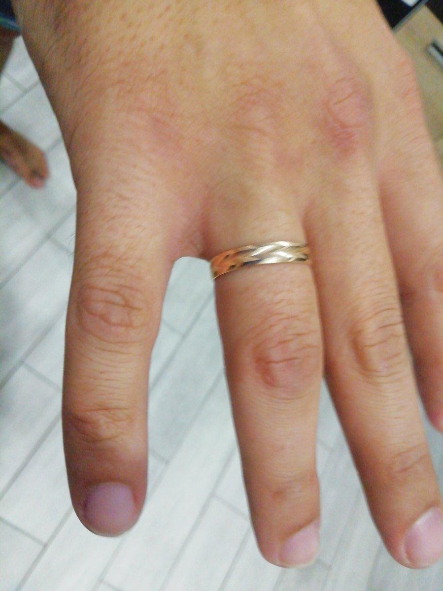 Спасибо за прекрасное обручальное кольцо!!!