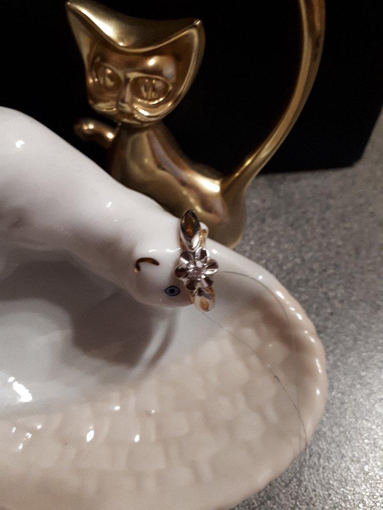 """Золотые серьги с бриллиантами """"бриллианты якутии""""-роскошь и элегантность!!!"""