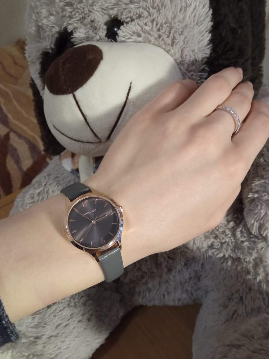 Хорошие часы. за свою цену - просто прелесть