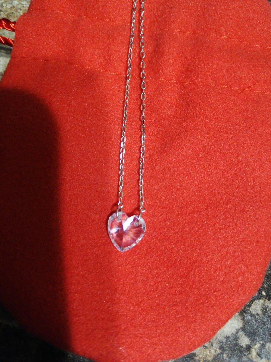 Шейное украшение подвеска сердце