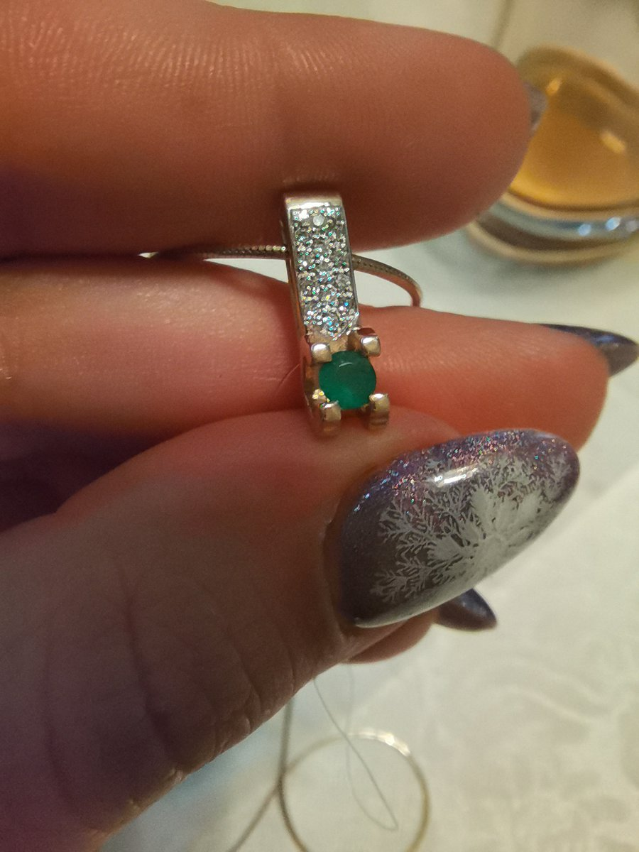 Изумруд и бриллианты 😍