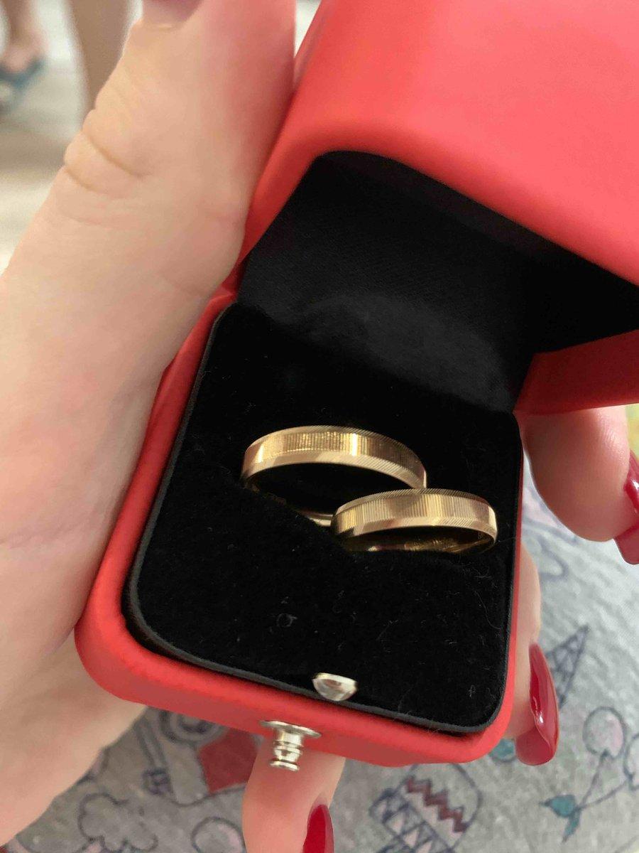 Купили с будушим мужеп эти кольца со скидкой, в итоге они очень красивые