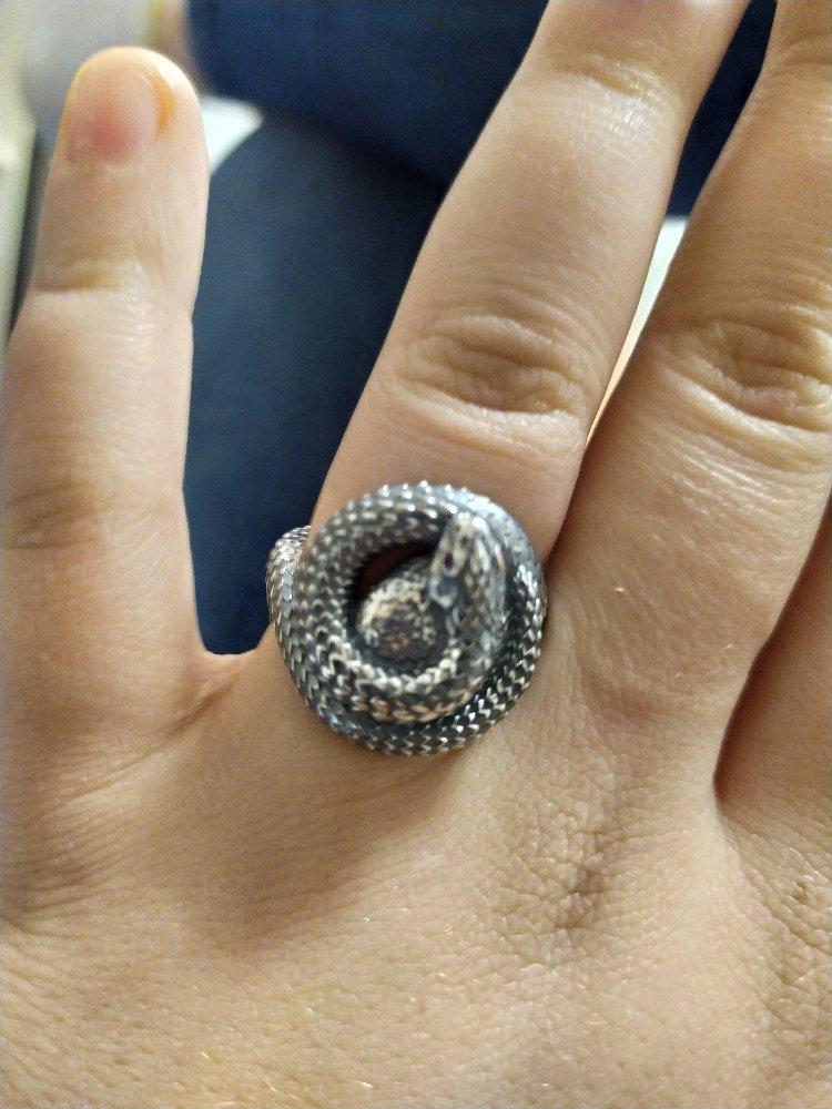 Кольцо просто замечательное
