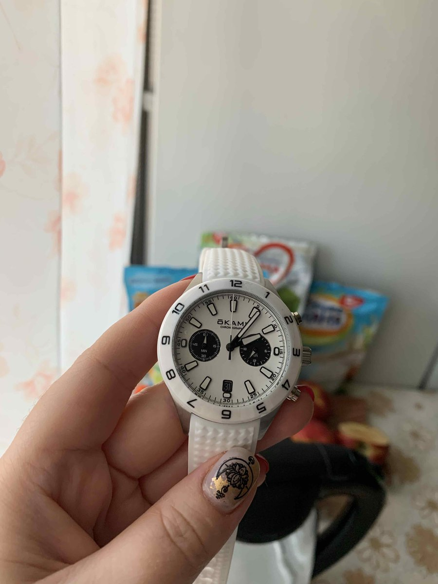 Часы с хронографом!!!