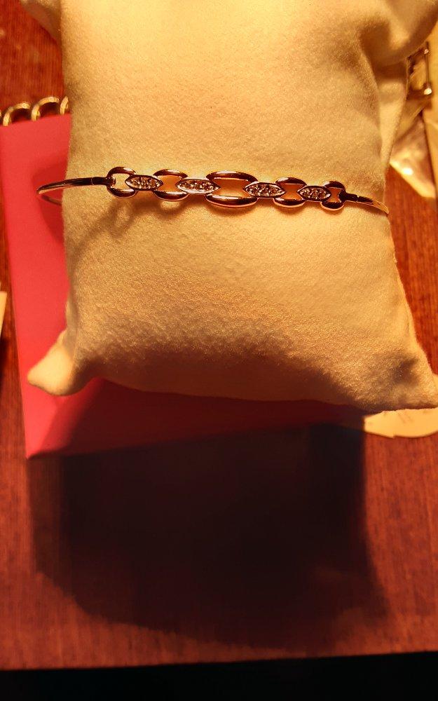 Красивый и нужный браслет!