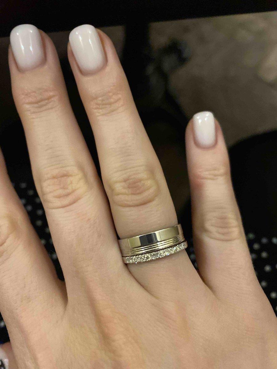 Отличное кольцо. выбирала между двумя