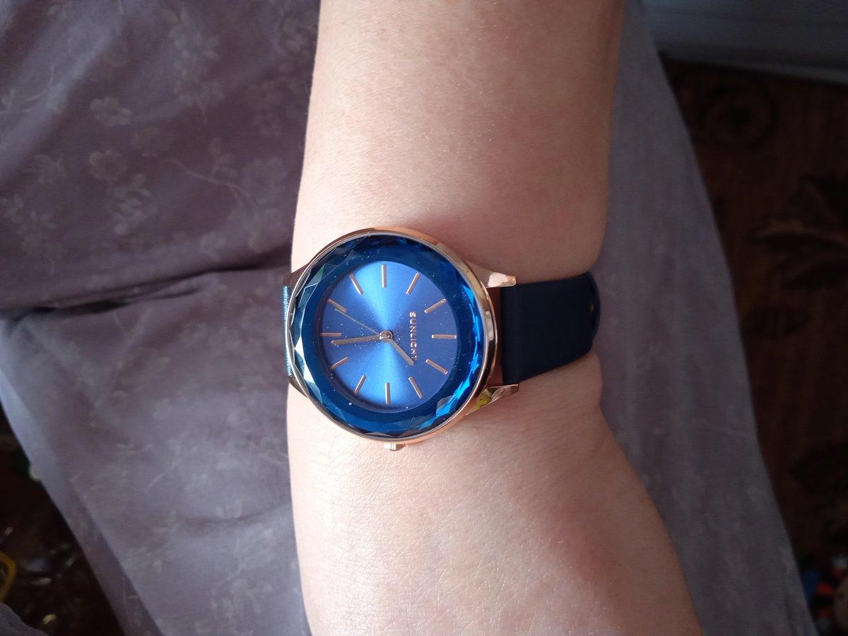Покупала часы для мамы