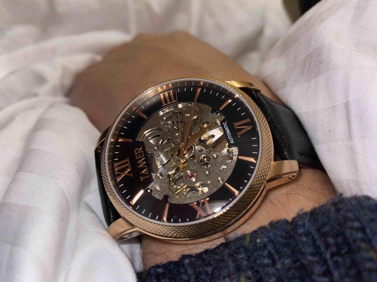 Отвратительные часы, хоть и красивые!