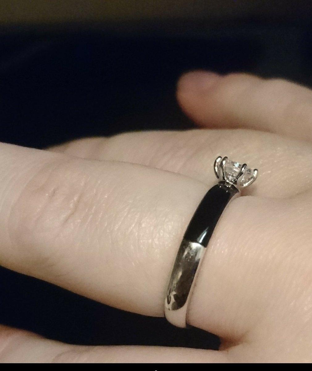 Кольцо серебряное с эмалью.