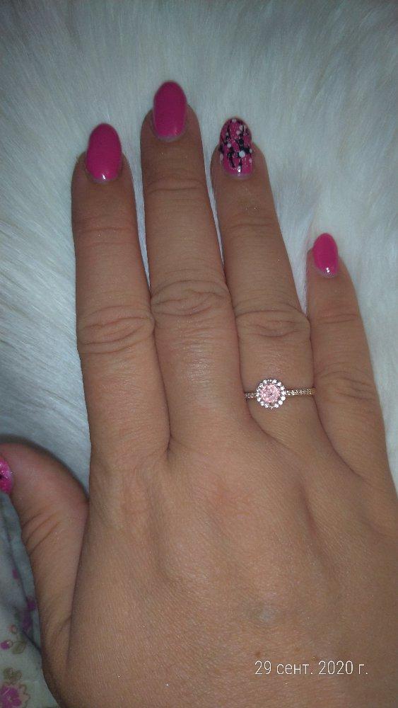 Золотое кольцо из с морганитами