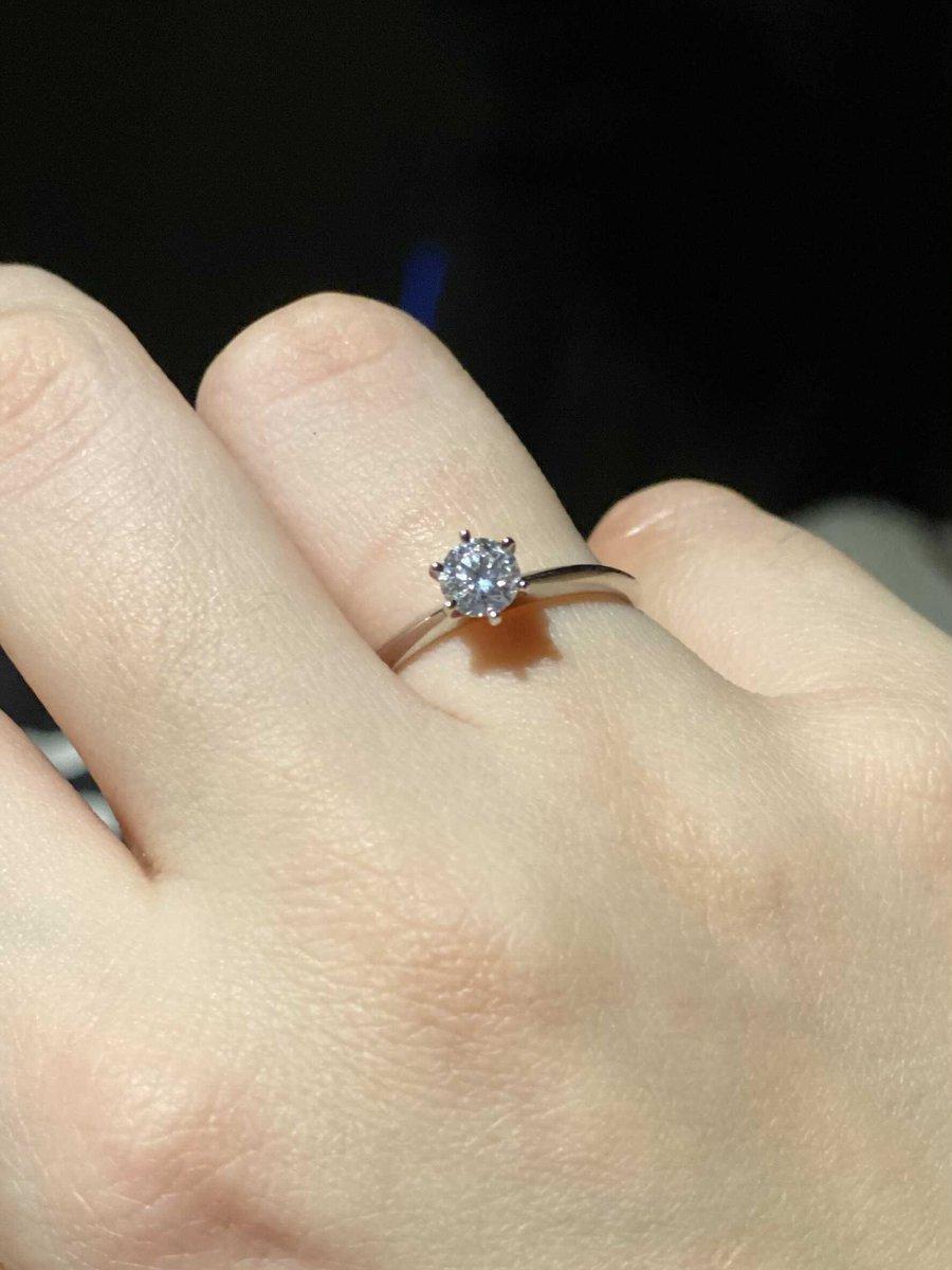 Классическое помолвочноп кольцо