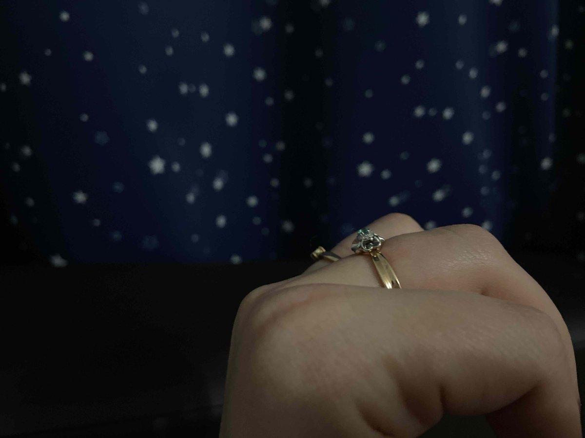 Кольцо классное, мне понравильсь)))