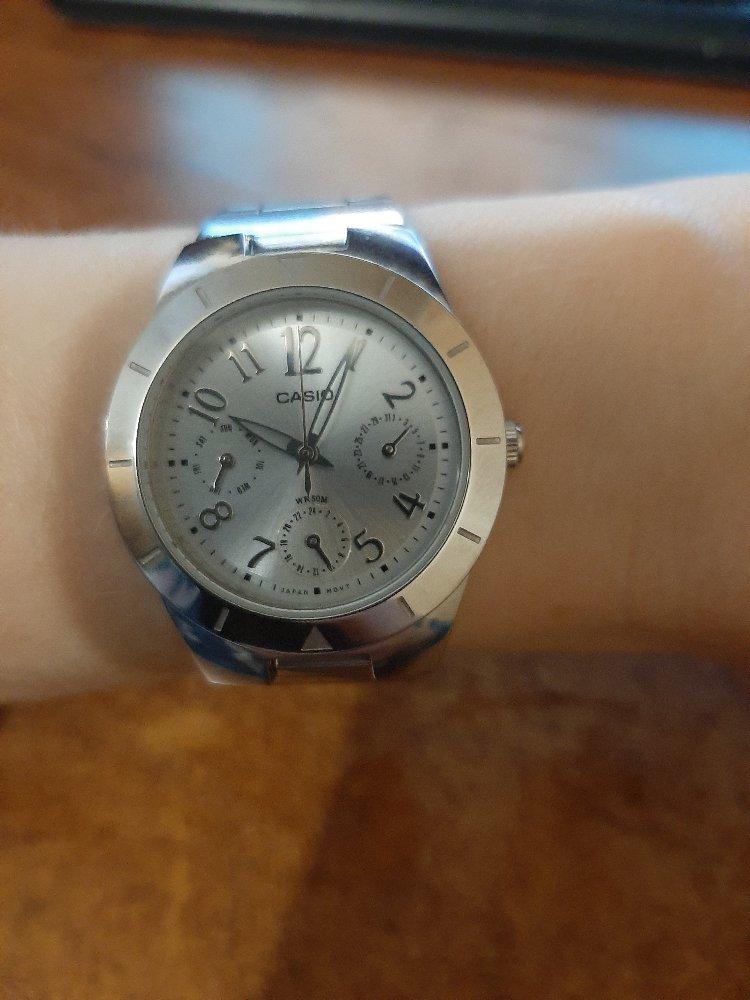 Часы замечательные)