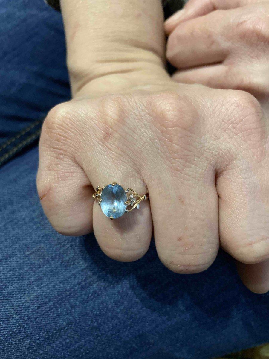 Моя девушка была в восторге кольцо ей очень понравилось