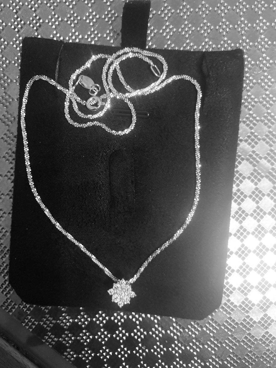 Золотая подвеска бриллианты якутии
