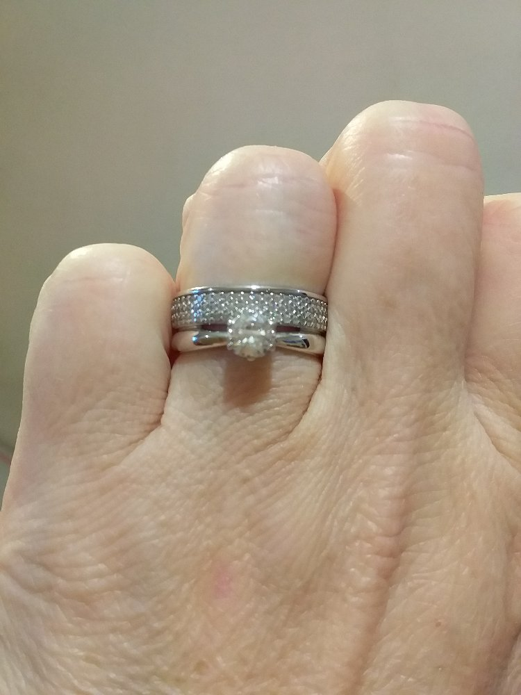 Двойное кольцо .