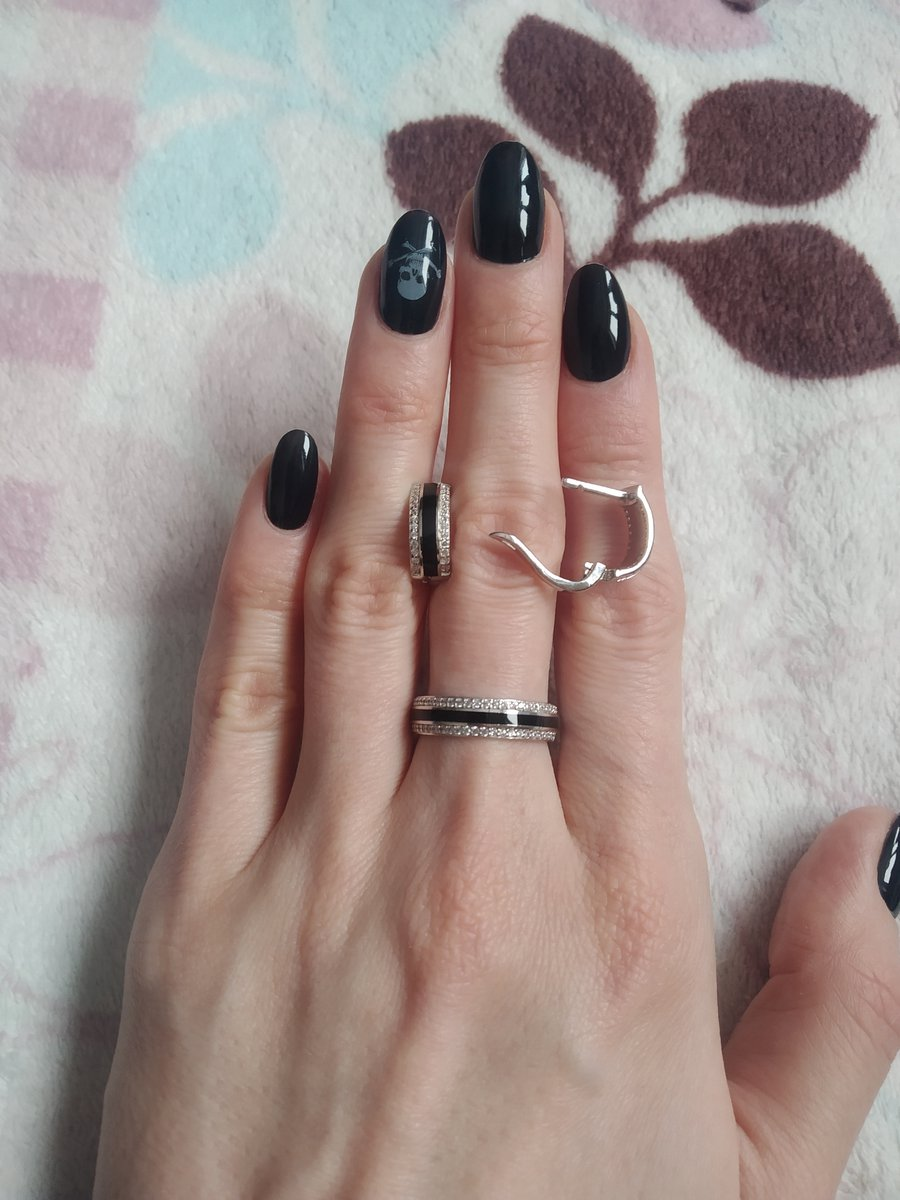 Серьги серебро с чёрным и с фианитами