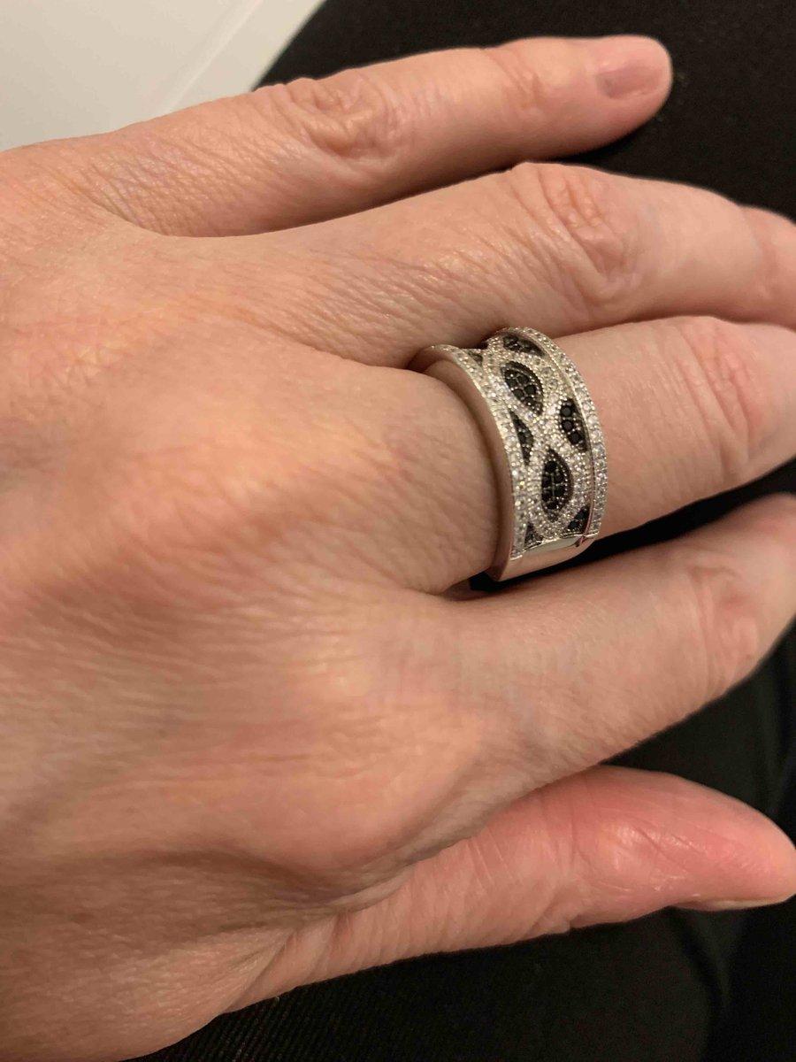 Серкбряное кольцо