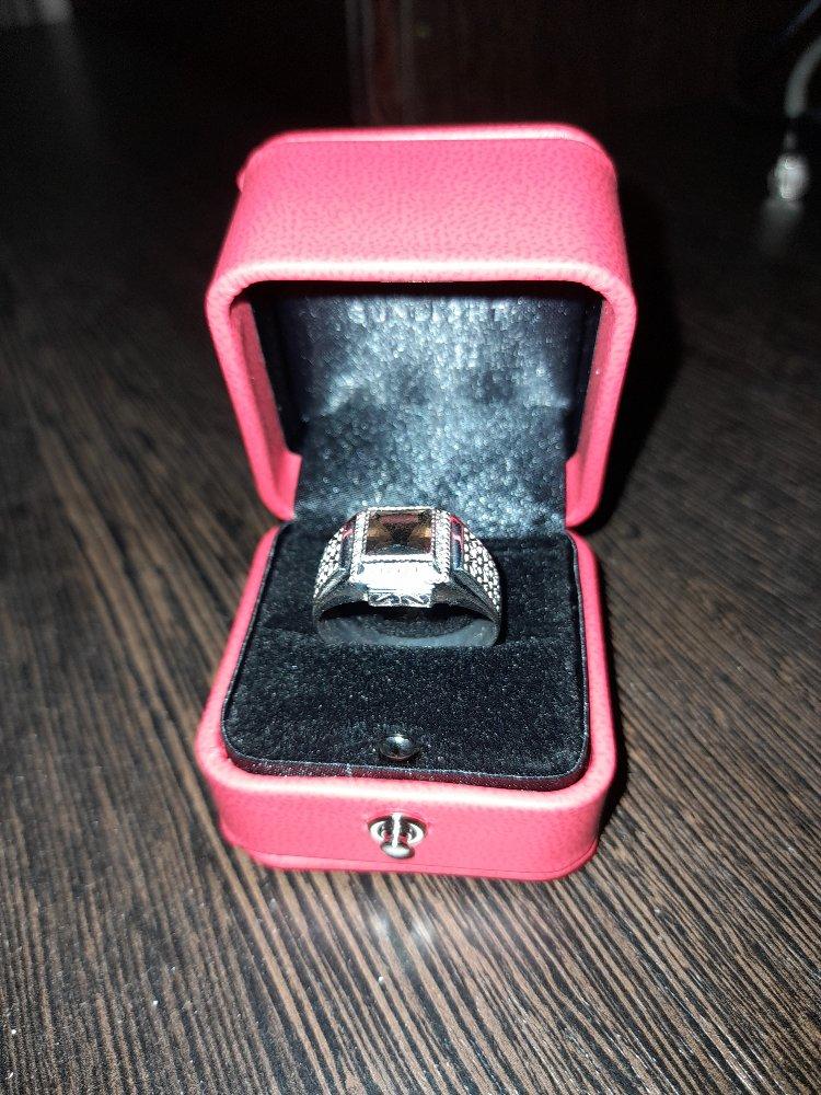 Серебряное кольцо с дымчатыми кварцами