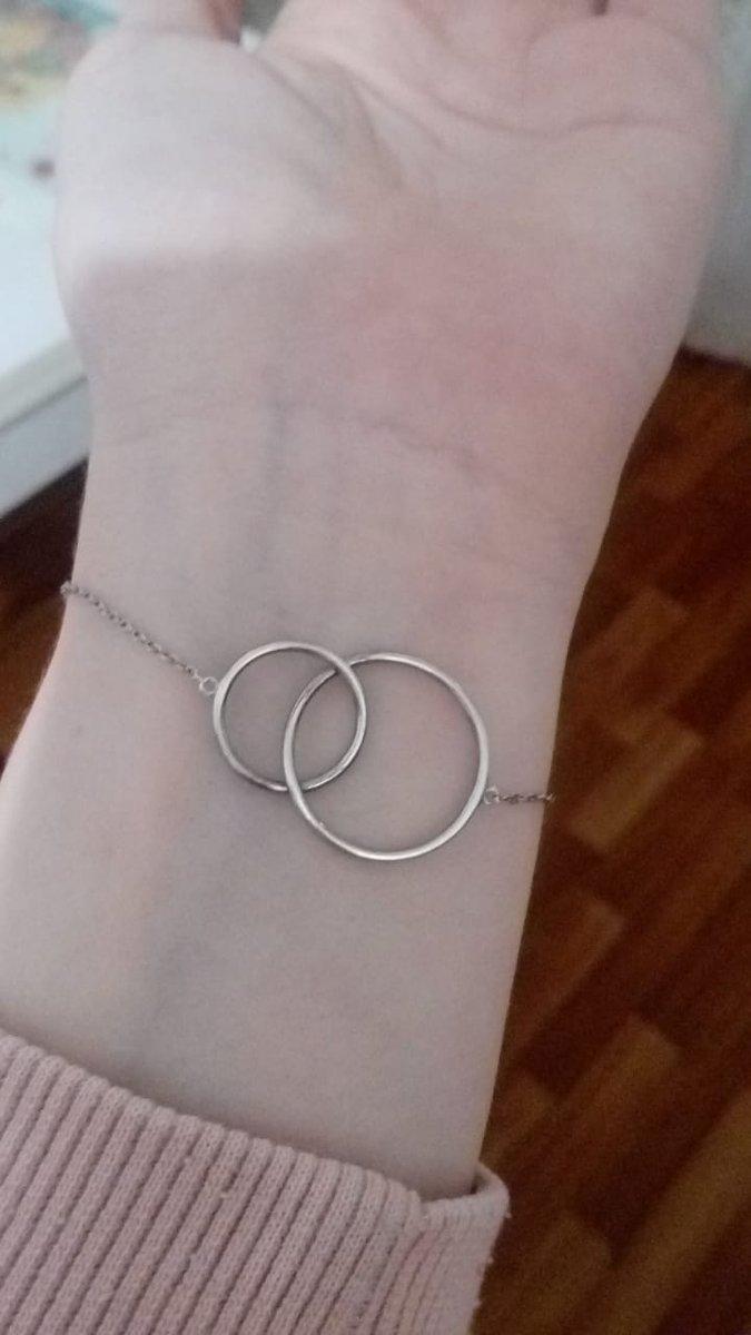 Хороший браслет, прочная цепь.