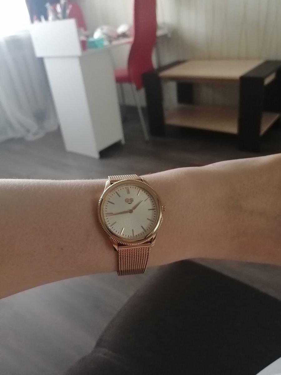 Классные часы, быстрая доставка