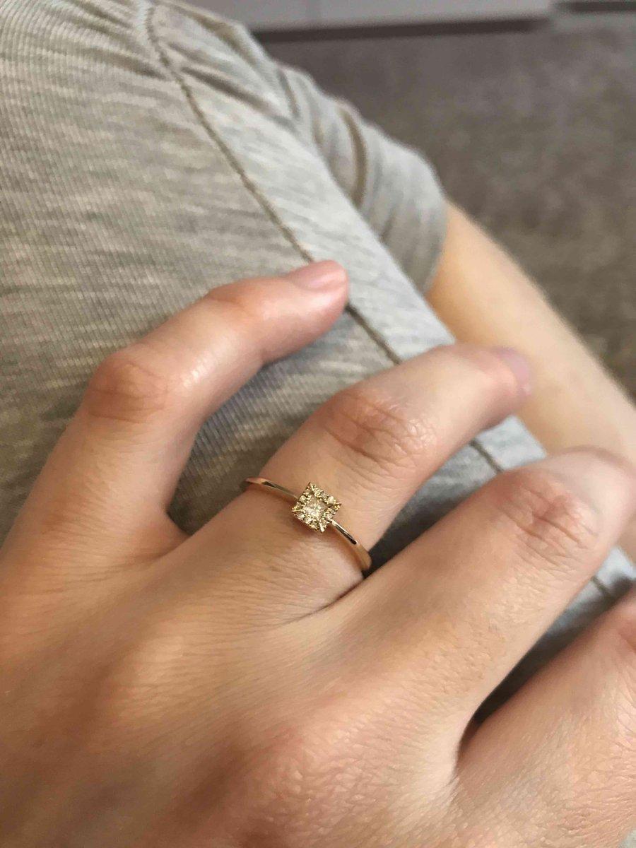 Красивое кольцо, заказывали по акции 1+1; пришло даже раньше чем должно
