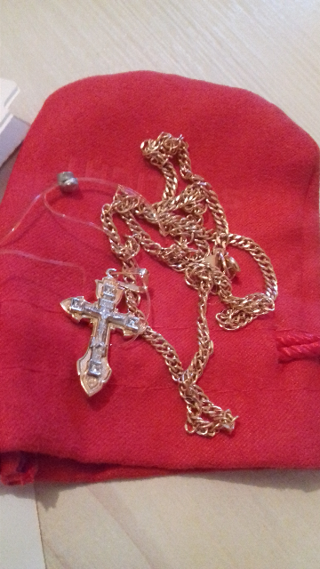 Золотой крестик .
