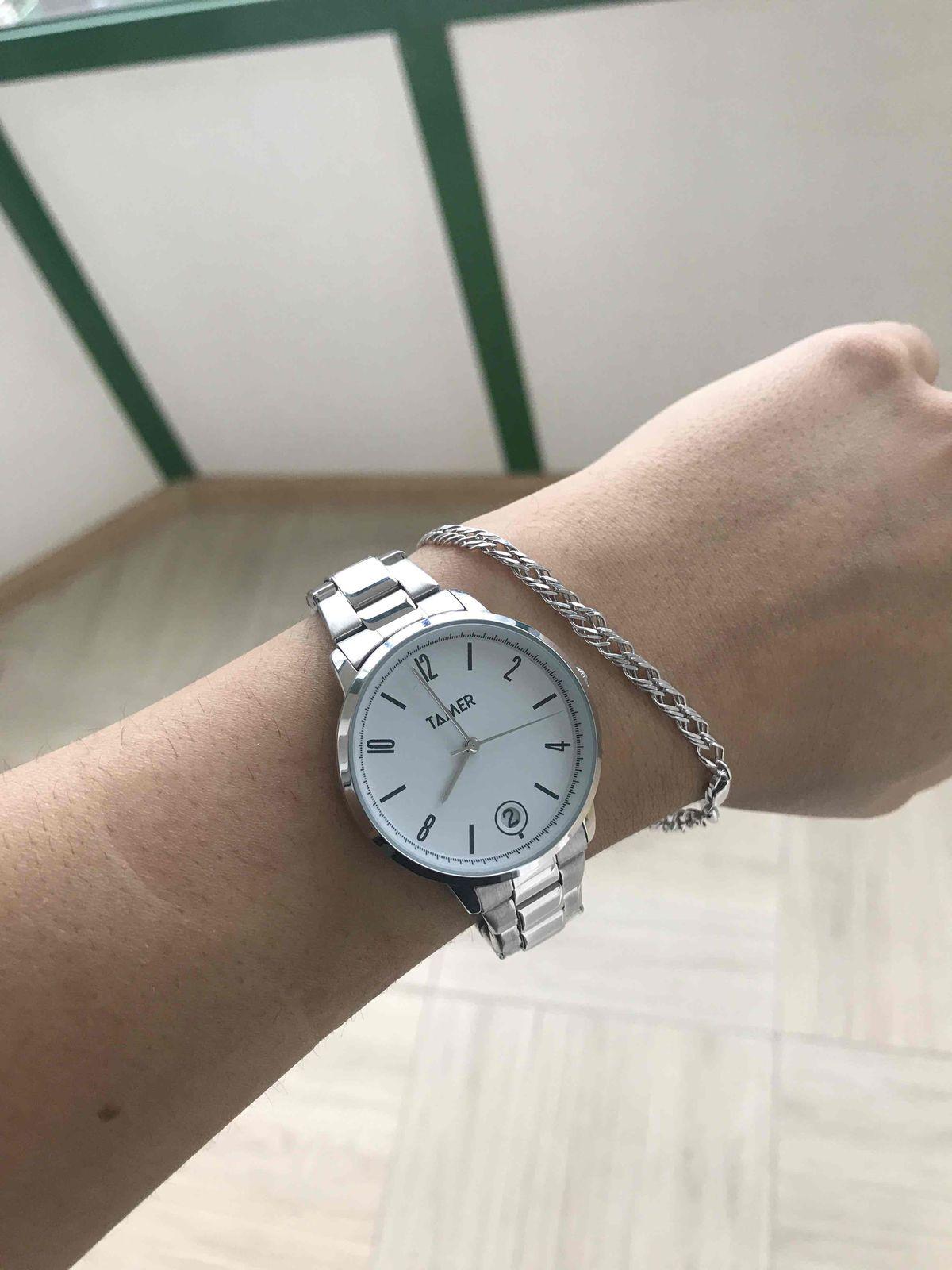 Серебрянные часы Tamer